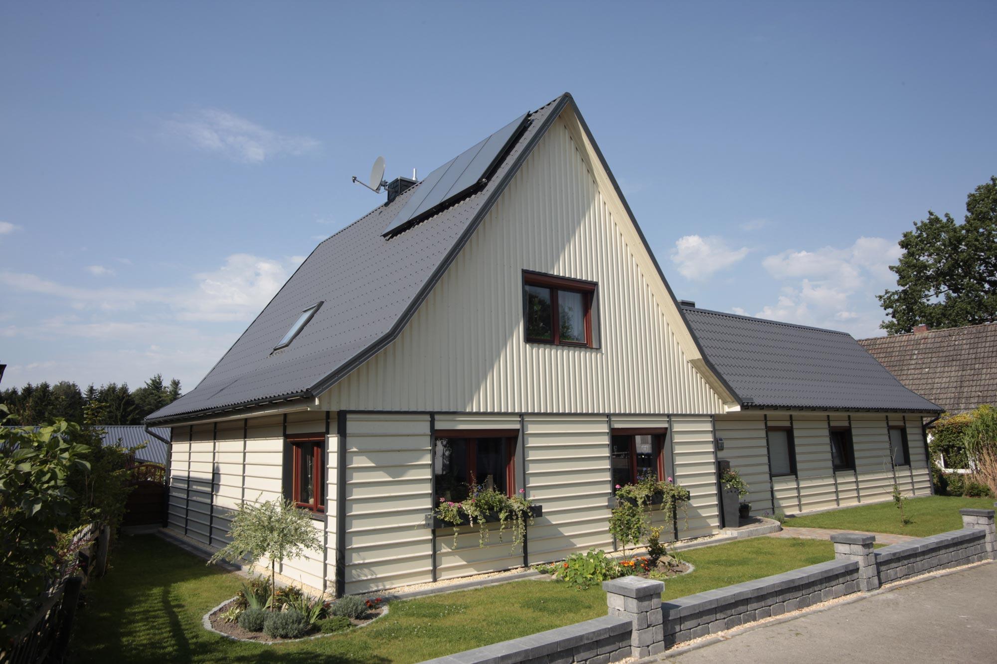 trapezblech f r dach und wand g nstig kaufen ab werk. Black Bedroom Furniture Sets. Home Design Ideas