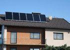 Pfannenblech mit Solar am Einfamlienhaus