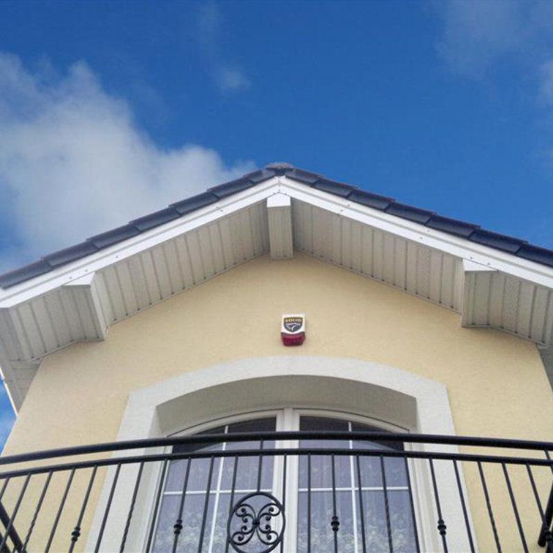 Verkleidungspaneel Aus Pvc Fur Dachunterschlag Oder Fassade Kostengunstig